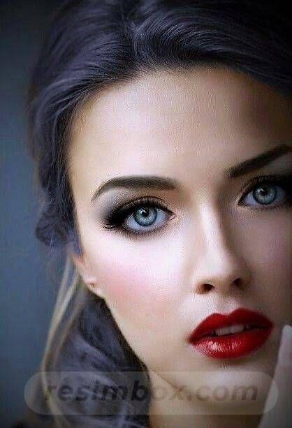 resimbox-beautiful-girl-648518415068641668