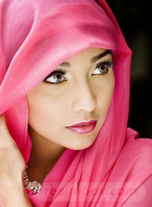 resimbox-beautiful-girl-648518415068520308