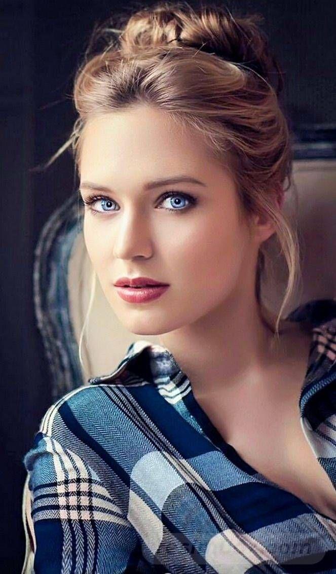resimbox-beautiful-girl-648518415068743745
