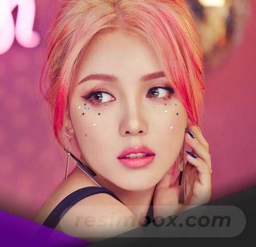 resimbox-beautiful-girl-648518415068542397
