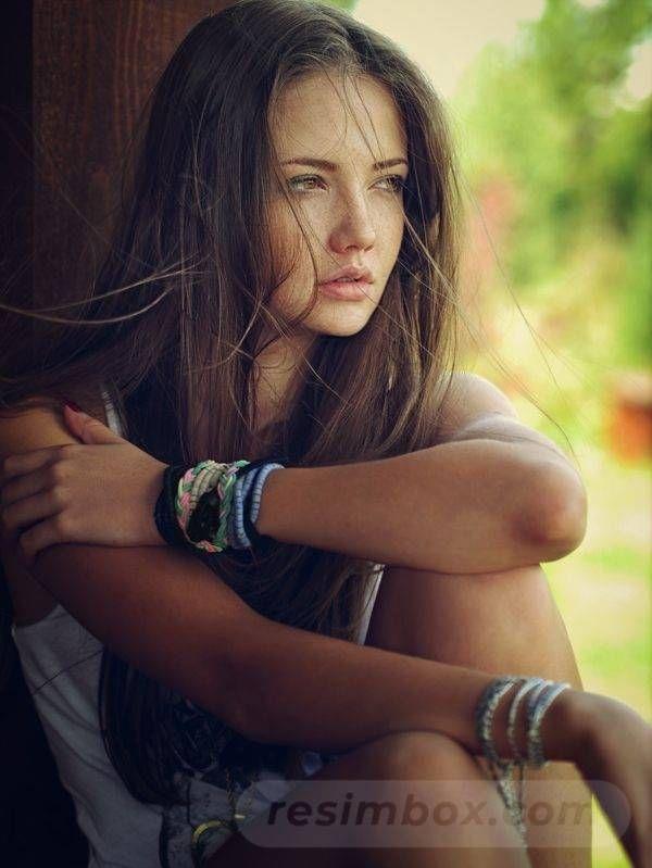 resimbox-beautiful-girl-648518415075047301