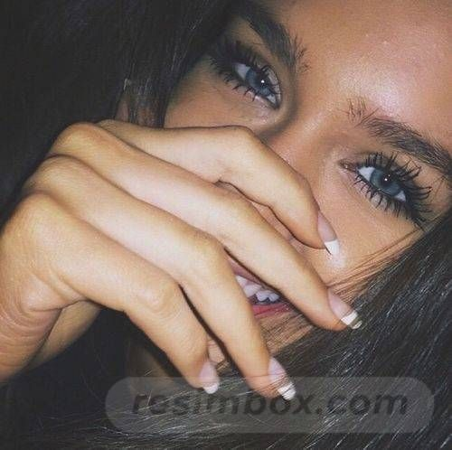 resimbox-beautiful-girl-648518415068966337