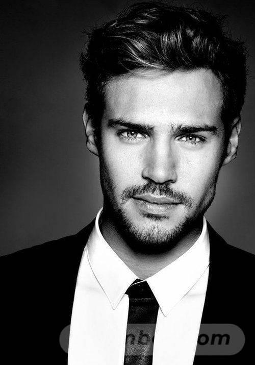 yakışıklı erkekler