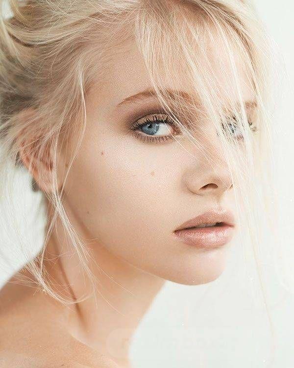 resimbox-beautiful-girl-648518415075471235